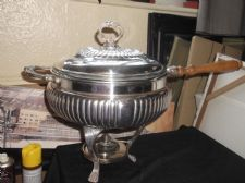 VINTAGE LARGE SILVER PLATED CHAFING PAN + PAW FEET STAND BURNER LID & GLASS DISH